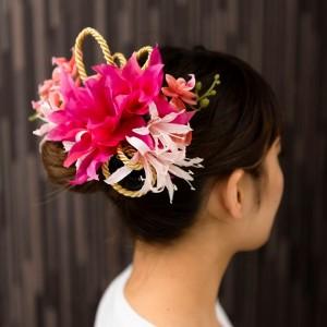 《レッドアネモネ&蘭》和モダンの素敵な花飾り。7,700円(在庫0)