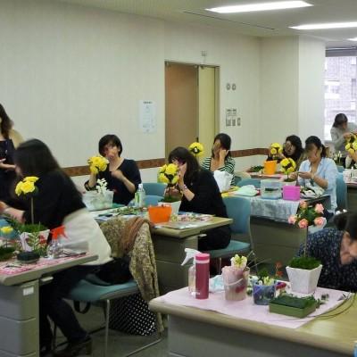 お花の授業風景例